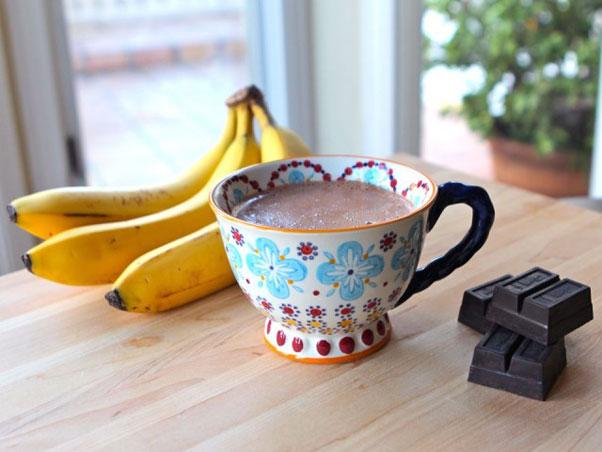 Curious-George-Banana-Hot-Chocolate600